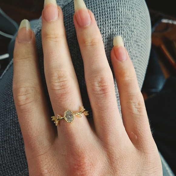 Jewelry - Branch Ring